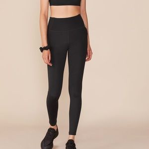 BRAND NEW High rise leggings with pockets